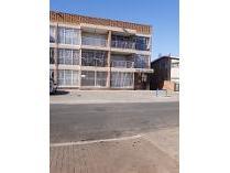 Townhouse in to rent in Alberton, Alberton