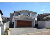 House in to rent in Homes Haven, Krugersdorp