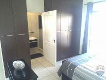 2-bed Property For Sale In Greenstone Hill Houses & Flats