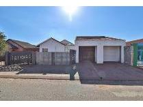 House in for sale in Dobsonville Ext 2, Soweto
