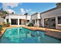 Cluster in for sale in Bedfordview, Germiston