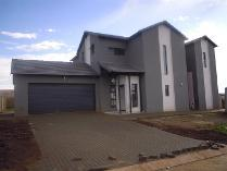 House in to rent in Midstream Estate, Centurion
