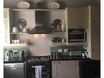 Flat-Apartment in to rent in Dunkeld, Randburg