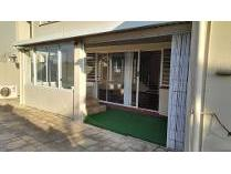 Flat-Apartment in to rent in La Lucia, Umhlanga