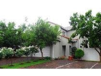 Townhouse in for sale in Eagle Canyon, Roodepoort