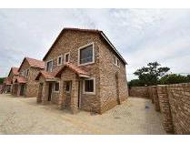 Townhouse in for sale in Potchefstroom, Potchefstroom