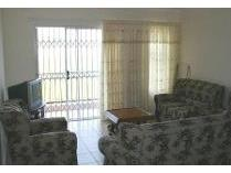 Townhouse in to rent in Vorna Valley, Midrand