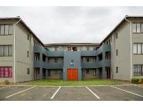 Flat-Apartment in to rent in Brackenham, Richards Bay
