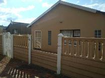 House in to rent in Lenasia Ext 13, Lenasia