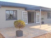 House in for sale in Bothasig, Milnerton