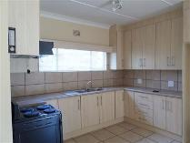 Townhouse in to rent in Parys Sp, Parys