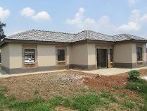 Townhouse in for sale in Van Der Hoff Park Sp, Potchefstroom