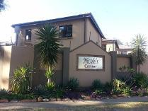 Duplex in to rent in Pretoria, Pretoria