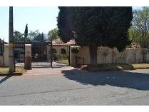 House in to rent in Birchleigh, Kempton Park