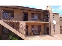 Flat-Apartment in for sale in Vaal Park, Sasolburg