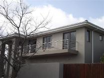 Flat-Apartment in to rent in Welgemoed, Bellville