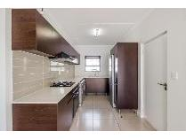 Flat-Apartment in to rent in Greenstone Hill, Johannesburg