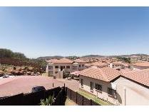 Townhouse in for sale in Mondeor, Johannesburg