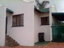 Flat-Apartment in for sale in Krugersdorp North, Krugersdorp