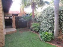 3-bed Property For Sale In Montana Park Houses & Flats