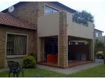 Duplex in to rent in Silver Lakes, Pretoria