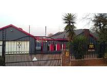 House in to rent in Glenanda, Johannesburg