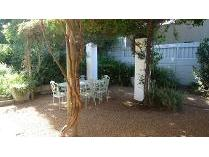 House in to rent in Wynberg, Cape Town