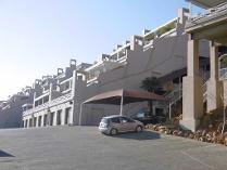 Flat-Apartment in for sale in Sunnyrock, Germiston