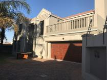 Duplex in to rent in Kempton Park, Kempton Park