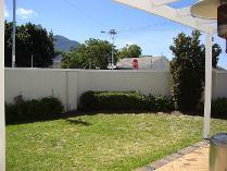 House in to rent in Claremont, Cape Town