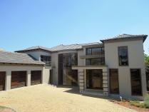 House in to rent in Pinehaven Township, Krugersdorp