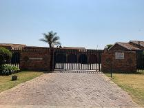 Cluster in for sale in Edleen, Kempton Park