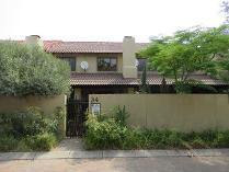 Cluster in to rent in Fourways, Sandton