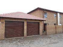 Duplex in to rent in Annlin, Pretoria