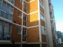 Flat-Apartment in to rent in Gezina, Pretoria