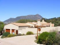 Cluster in to rent in Hout Bay Sp, Hout Bay