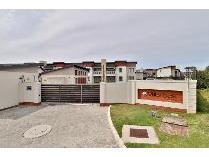 Flat-Apartment in for sale in Port Elizaberth, Port Elizaberth