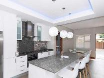 Penthouse in for sale in