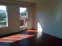 Flat-Apartment in to rent in Lewisham, Krugersdorp