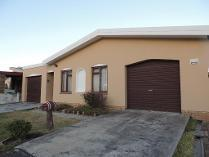 4 Bedroom House For Sale In Goodwood West 735329