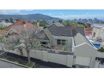 House in for sale in Oranjezicht, Cape Town