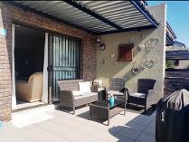Flat-Apartment in to rent in Noordheuwel, Krugersdorp
