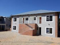 Townhouse in to rent in Monument Park, Pretoria
