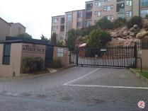 Flat-Apartment in to rent in Helderkruin, Roodepoort
