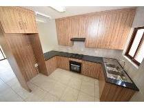 Townhouse in to rent in Potchefstroom, Potchefstroom