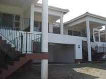 Flat-Apartment in for sale in Umtentweni, Port Shepstone