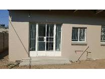 Flat-Apartment in to rent in Park West, Bloemfontein