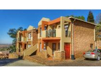 Cluster in for sale in Bassonia, Johannesburg