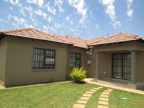 House in to rent in Dawn Park, Boksburg