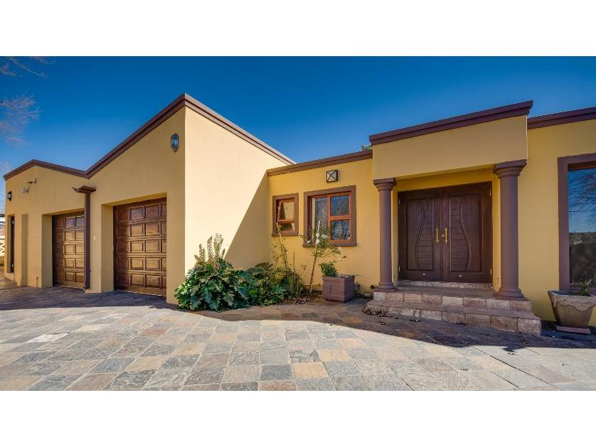 For sale of house in blairgowrie randburg tiv 13501665 for Landscaping rocks for sale johannesburg